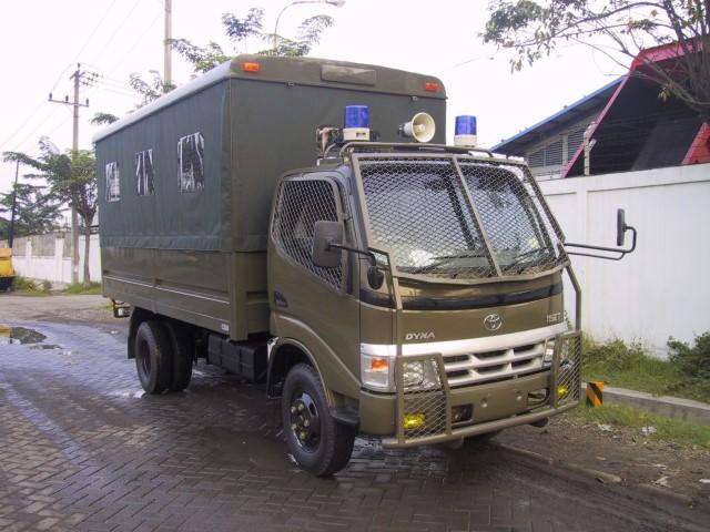 laadbak-antika-raya-public-service-2
