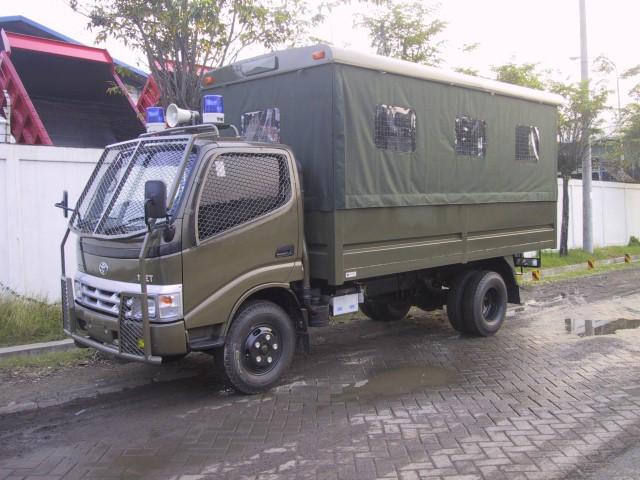 laadbak-antika-raya-public-service-3